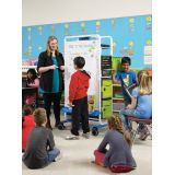 Dual Duty Teaching Easel, Holds 32 devices